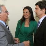 02-Visita Ministro de Industria, Energía y Turismo a la CCE