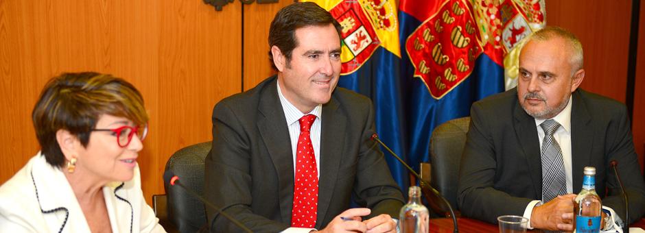 La Junta Directiva recibe la visita del presidente de CEPYME y Vicepresidente de CEOE, Antonio Garamendi