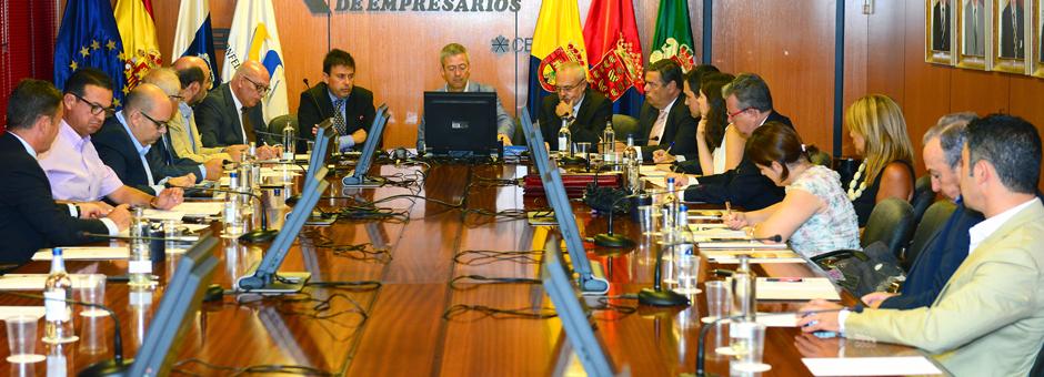 El Presidente de la Autoridad Portuaria de Las Palmas visita la CCE