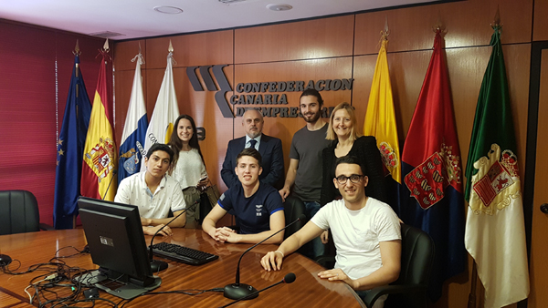 01-alumnos-de-la-universidad-internacional-de-canarias-visitan-la-confederacion