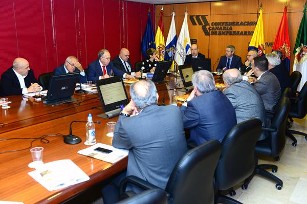 00-reunion-del-comite-ejecutivo-del-consejero-pedro-ortega-para-conocer-las-principales-novedades-del-ref-economico