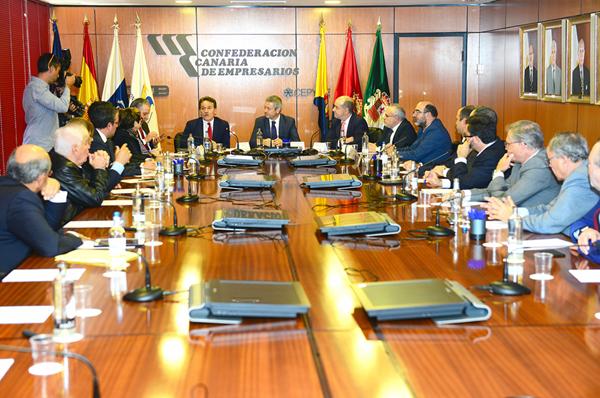 00-la-cce-se-reune-con-el-embajador-de-cuba-en-espana